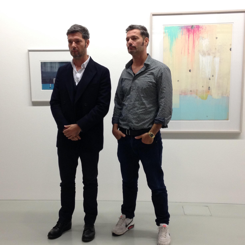 Gert und Uwe Tobias in der Ausstellung im Sprengel Museum Hannover. Foto: Rißling-Beckmann