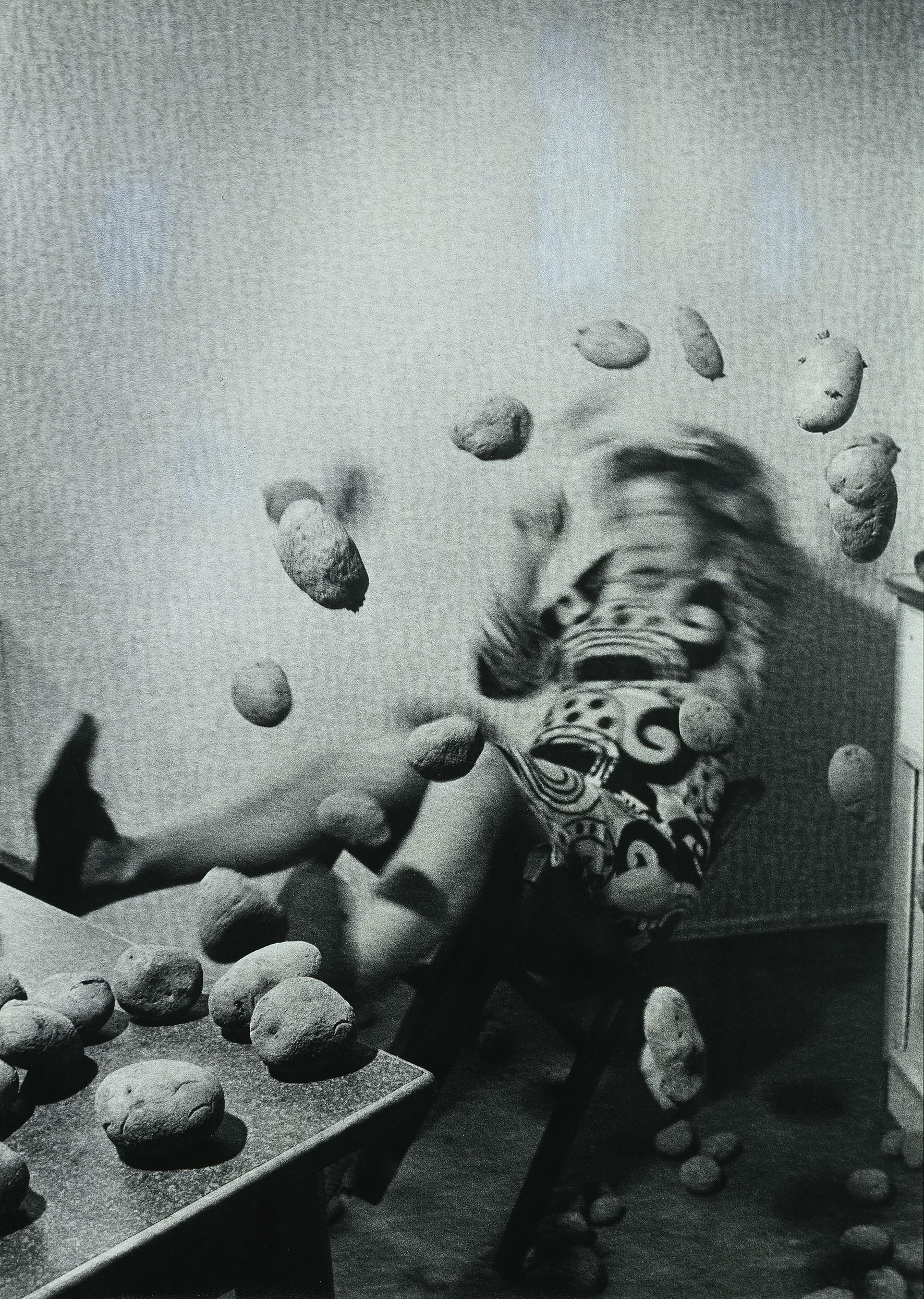 Anna und Bernhard Blume: Küchenkoller, 1986, Fotografie, 5-teilig, je 126 x 91 cm. Hamburger Kunsthalle. © VG Bild-Kunst, Bonn 2015. Foto: Elke Walford