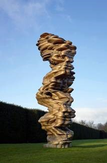 Tony Cragg, Mean Average, 2014, Bronze. 570 x 241 x 255 cm, Installation at Yorkshire Sculpture Park, 2017, © VG Bild-Kunst (Tony Cragg) / Foto: Michael Richter