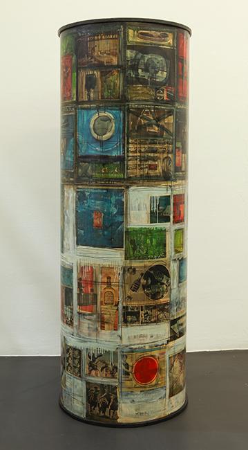 Herbert Kaufmann, Bildsäule, 1963, Mischtechnik und Collage auf Holz, 175 x 60 cm