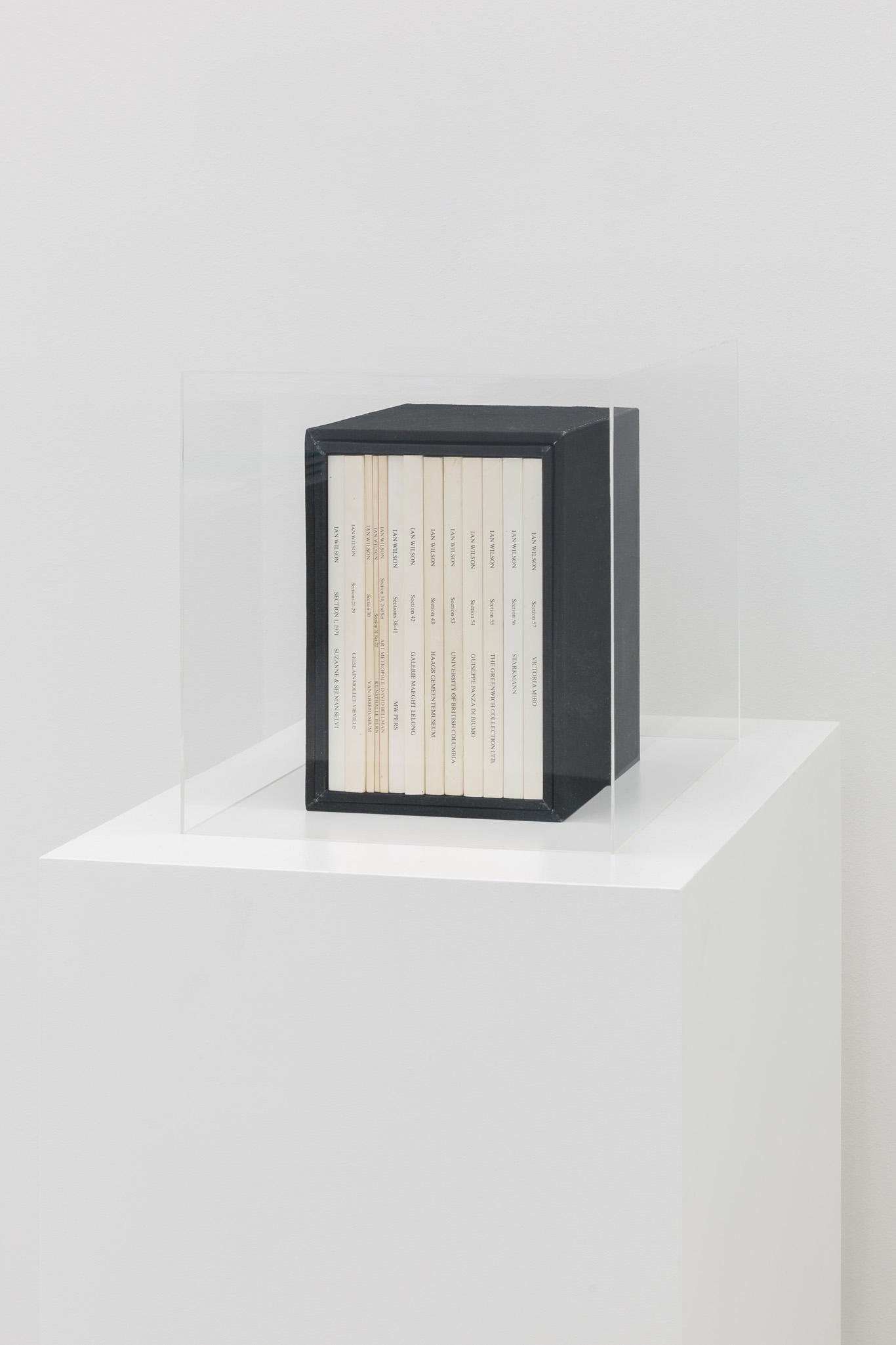 Ian Wilson, Sections 1–57, 1971–1990, Courtesy der Künstler und Jan Mot, Brüssel