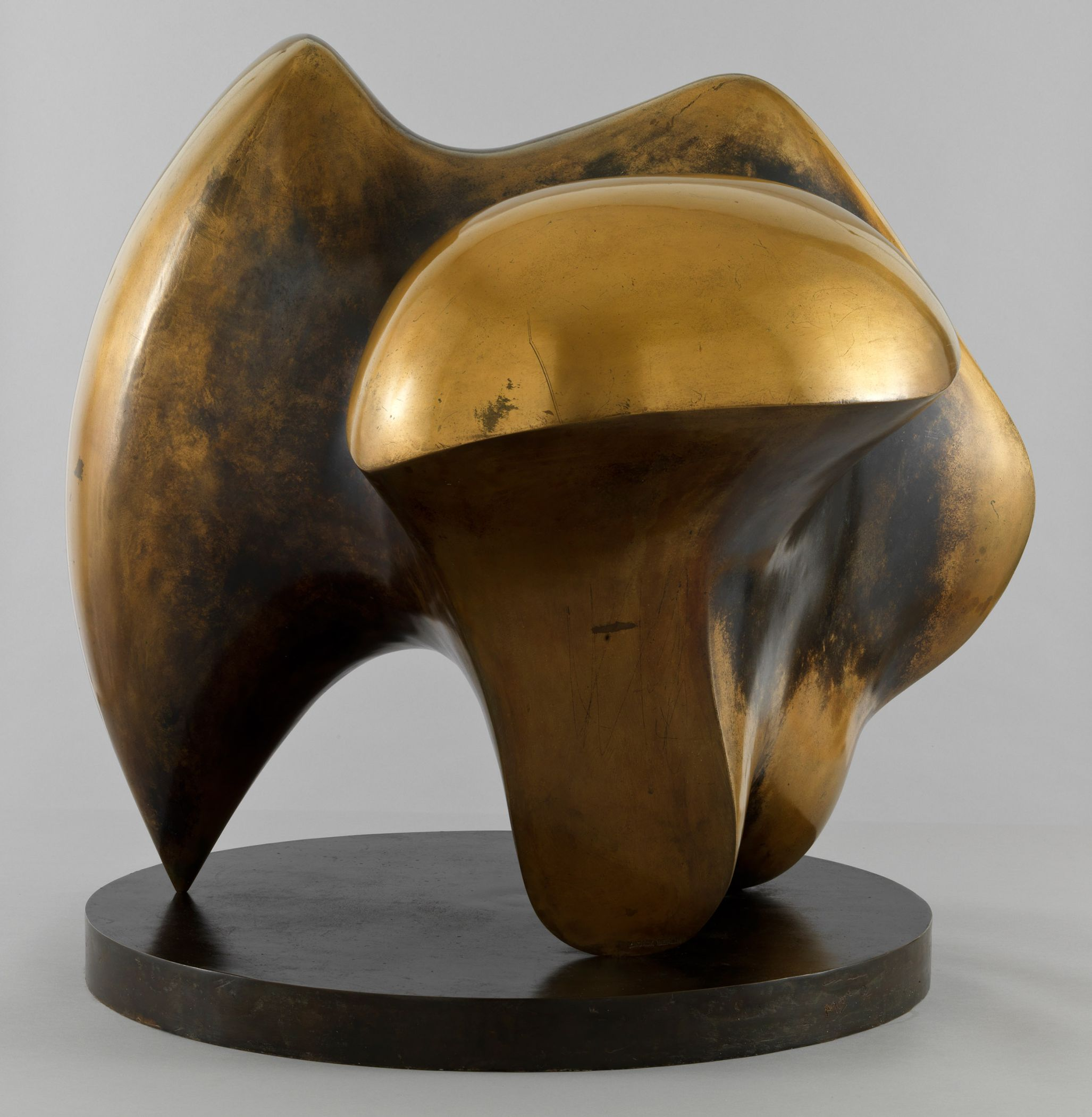 Henry Moore, Working Model for Three Way Piece No. 1: Points, 1964. Tate: Presented by the artist 1978 © Reproduced by permission of The Henry Moore Foundation. Foto: © Tate, London 2016