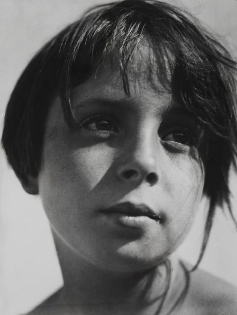 Aenne Biermann Helga, um 1930 Silbergelatineabzug Museum Folkwang.
