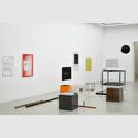 Joëlle Tuerlinckx. Installationsansicht Kunstverein Hannover. Sammlung Gaby und Wilhelm Schürmann, Herzogenrath. Foto: Wilhelm Schürmann