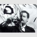 ; Portrait André Thomkins, Filmstill aus Film über Lackskins von André Thomkins und Serge Stauffer für das Schweizer Fernsehen, 1966