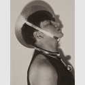 Marianne Brandt: Selbstportrait mit Schmuck zum Metallischen Fest, Februar 1929, Reprint 1993 © VG Bild-Kunst, Bonn 2019